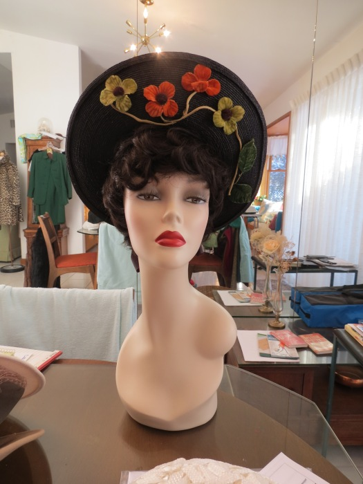 A Face-Framing True Vintage 1940s Hat