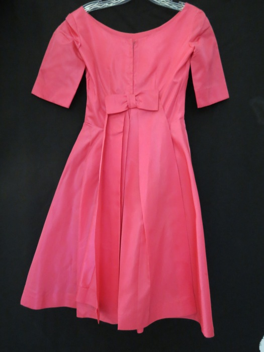 TRUE VINTAGE EARLY '60S VALENTINE'S DAY FROCK