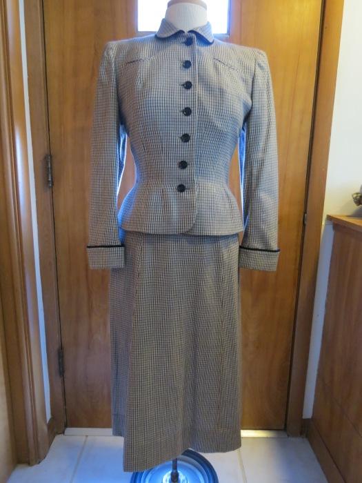 True Vintage 1940s Jacket & Skirt Suit