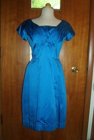 TRUE VINTAGE EARLY 1960S SAPPHIRE BLUE TAFFETA PARTY FROCK