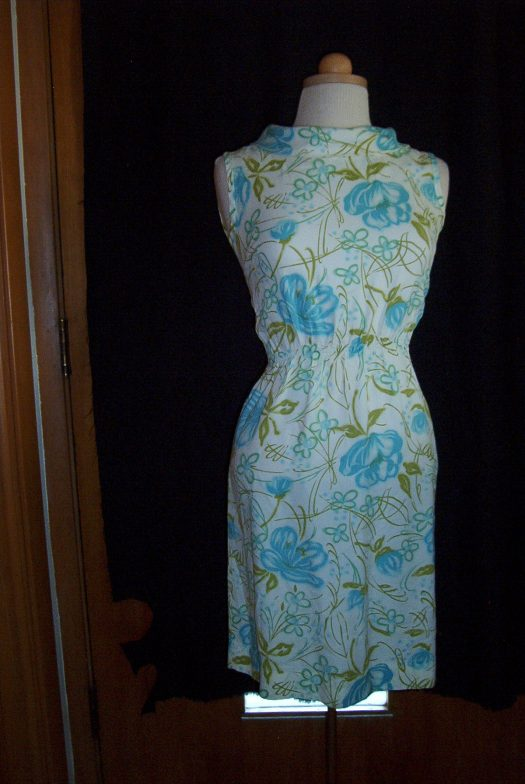 LOVELY TRUE VINTAGE EARLY 1960'S FLORAL SHEATH SUMMER DRESS
