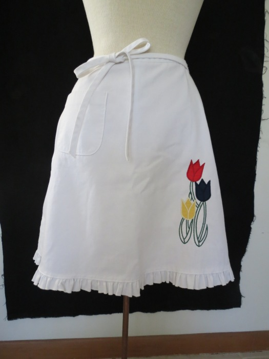 TRUE VINTAGE 1970'S WRAP SKIRT