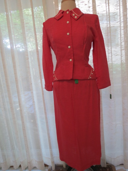 TRUE VINTAGE SUIT OR 2 PC. DRESS FROM THE '40'S - '50'S