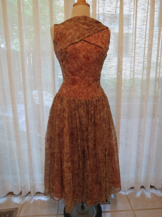 TRUE VINTAGE 1950'S PARTY DRESS - REMINDS ME OF GRACE KELLY