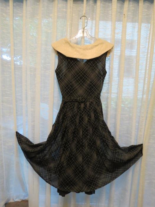 TRUE VINTAGE EARLY 1950'S DRESS A'LA GRACE KELLY