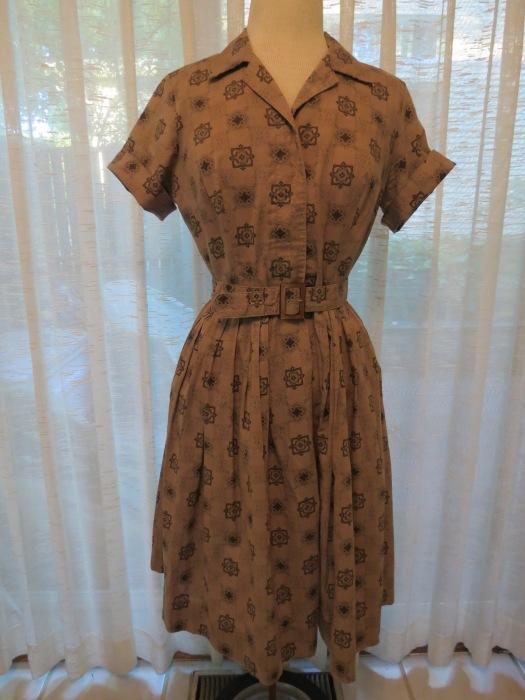 ANOTHER MOCHA DRESS!  TRUE VINTAGE 1950'S SHIRTWAIST