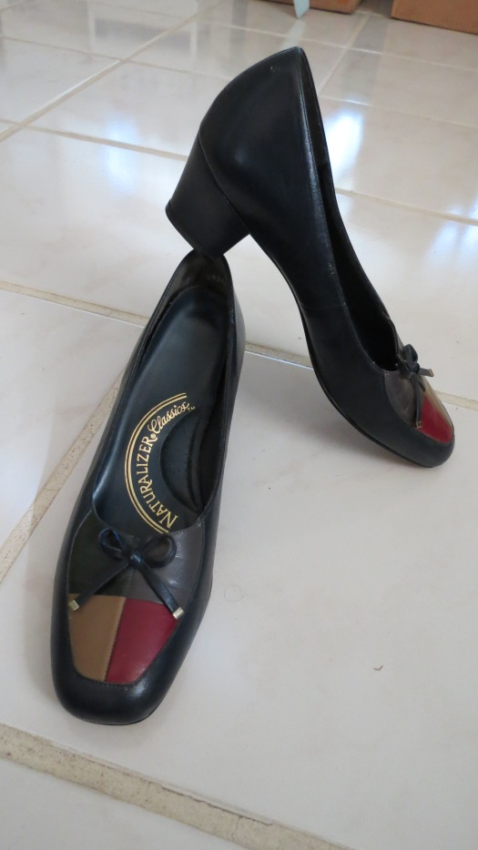 A PAIR OF TRUE VINTAGE SHOES THAT REMIND ME OF AUDREY