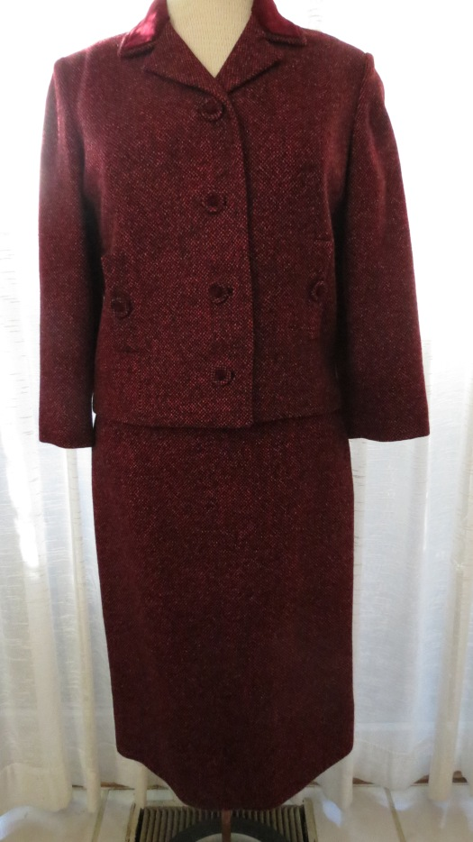 A VERY PRETTY CRANBERRY - COLORED 1950's to EARLY 1960'S SKIRT SUIT:  NICE FOR THE HOLIDAYS