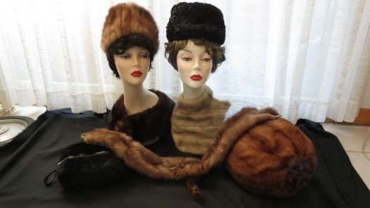 TRUE VINTAGE FUR ACCESSORIES FROM THE '30'S, '40'S, '50'S & '60'S