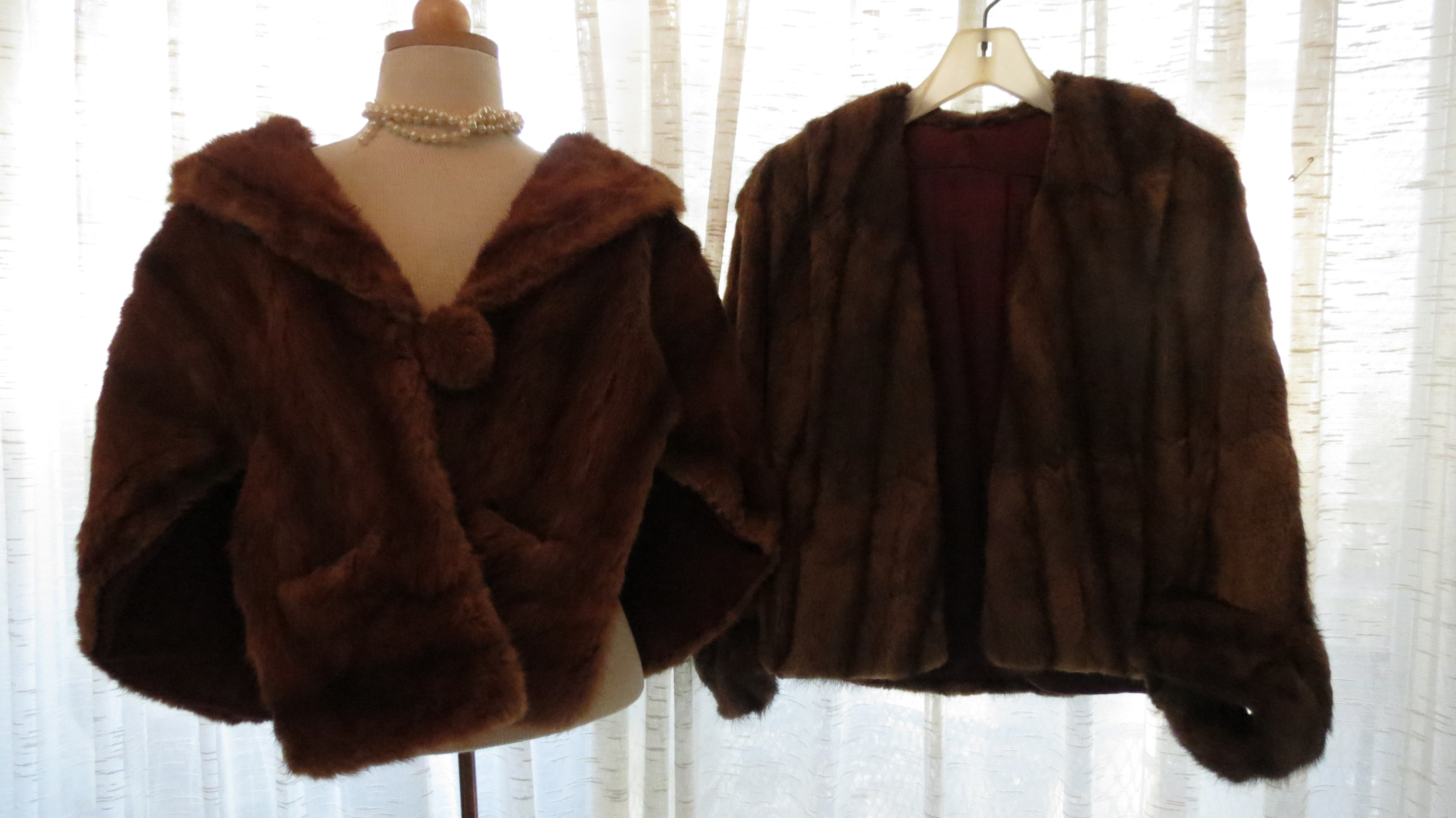 MAJOR GLAM IN TRUE VINTAGE FURS - STOLE/CAPE AND JACKET FROM THE 1940'S / 1950'S