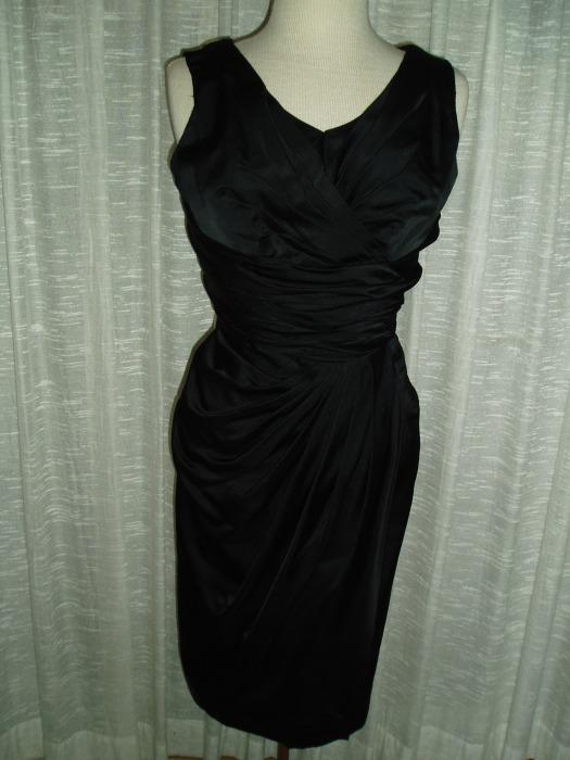 VA-VA-VOOM!  TOTALLY MAGICAL TRUE VINTAGE 1950'S VIXEN DRESS