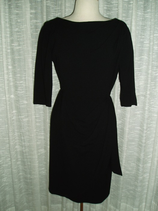 FAVORITE TRUE VINTAGE LBD - EARLY 1960'S CLASSIC!