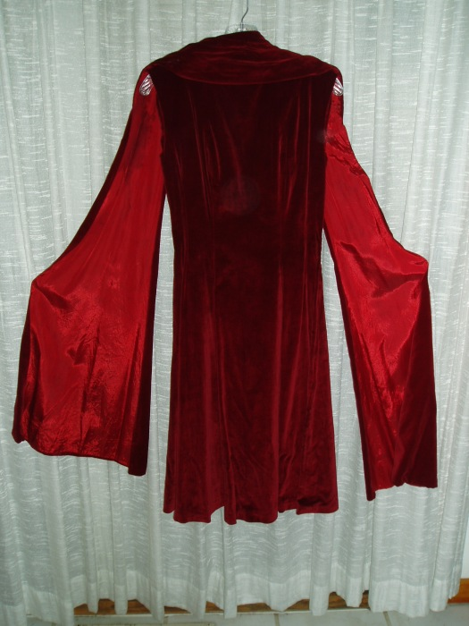 VERY INTENSE ST. VALENTINE'S DAY SCARLET SHEATH FROM THE 1950'S
