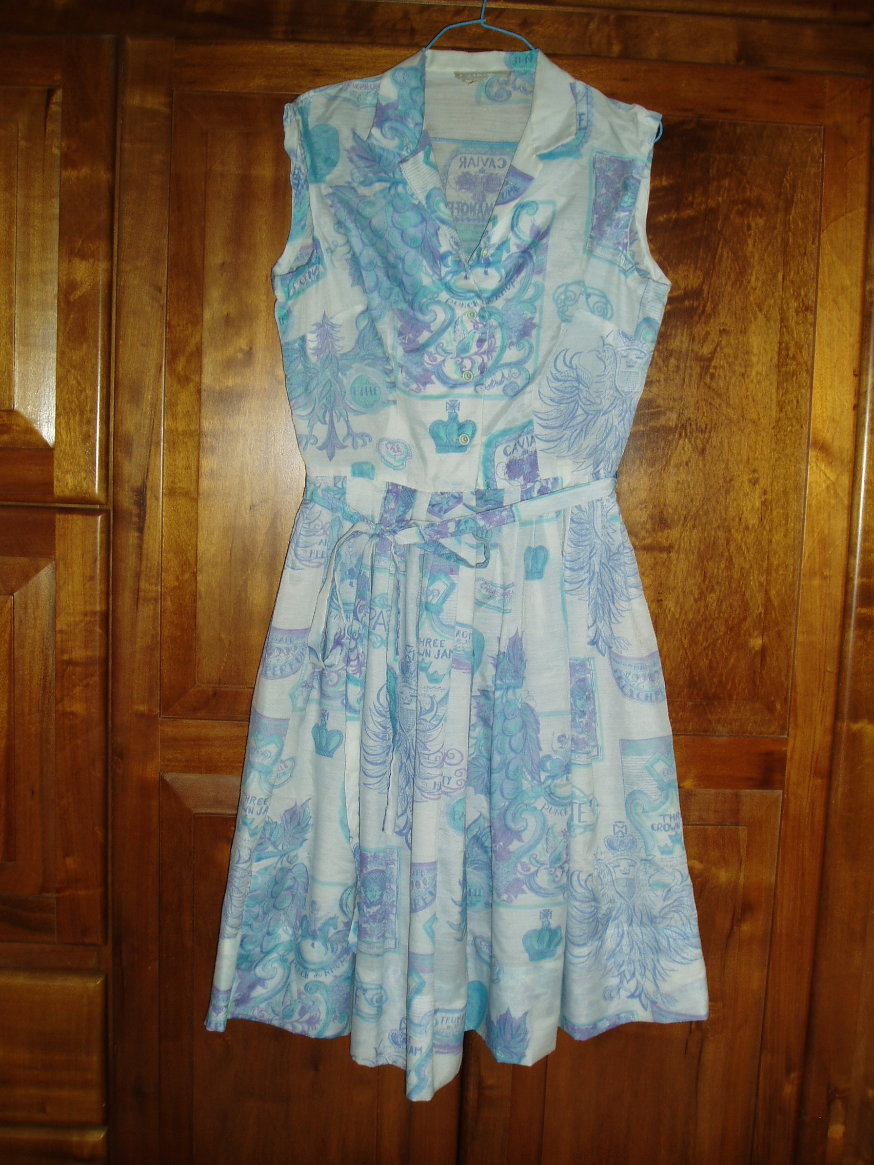 A FAVORITE SPRING/SUMMER DRESS FROM THE FIFTIES, WITH A FRENCH THEME PRINT