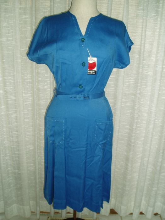 ANOTHER SURPRISE FIND!  TRUE VINTAGE 1940'S/'50'S DRESS WITH THE TAGS STILL ON!!