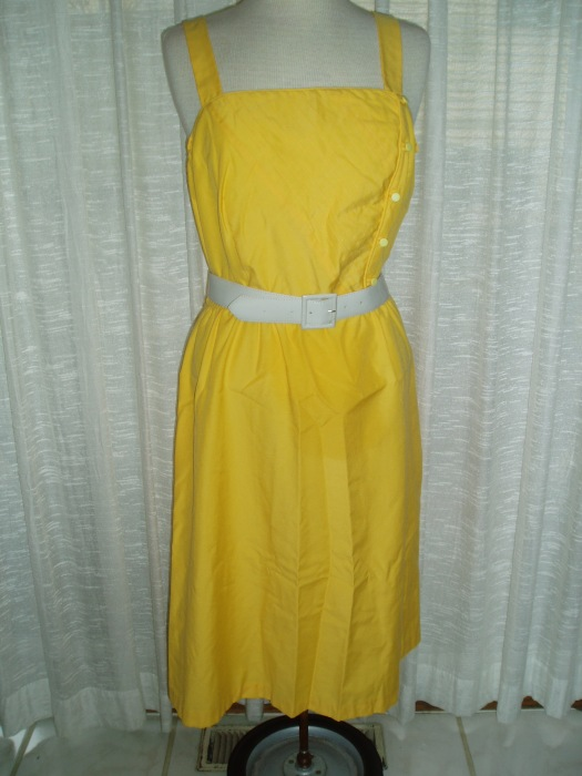 SUNNY YELLOW SIXTIES SUMMER SUNDRESS