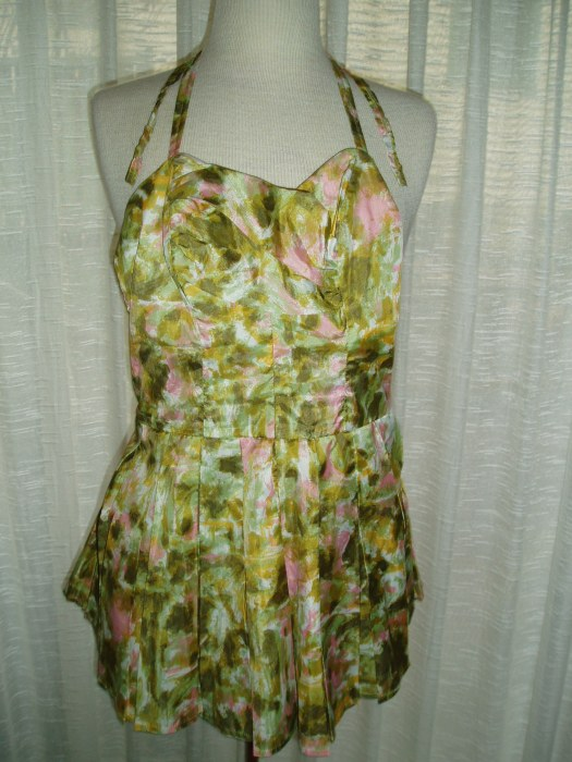 TRUE VINTAGE SWIMSUIT WITH SKIRT - LATE 1950'S - EARLY 1960'S