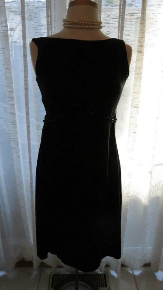 A FAVORITE LITTLE TRUE VINTAGE LATE '60'S - EARLY '70'S BLACK DRESS