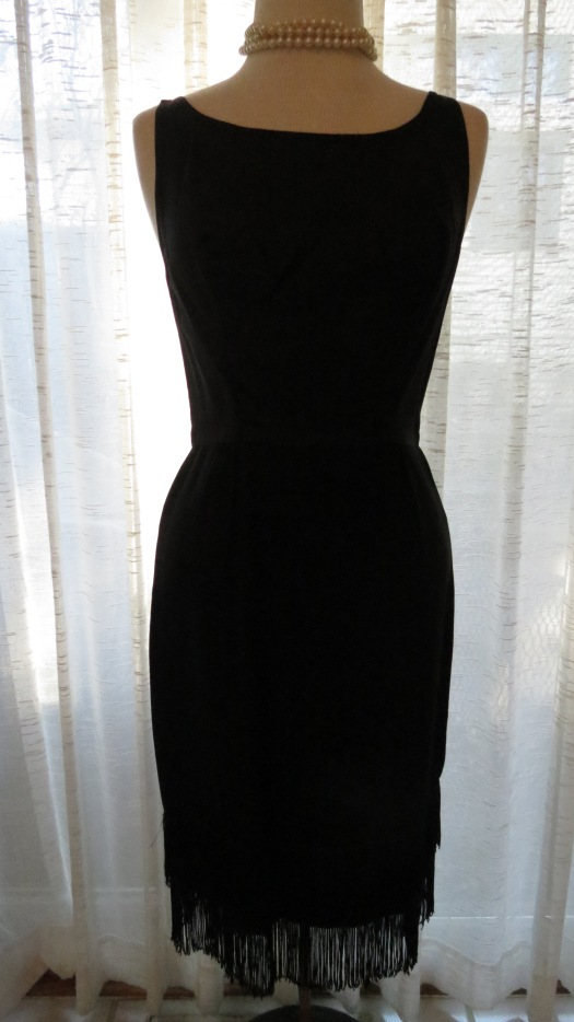 ANOTHER TRUE VINTAGE LBD FROM THE SIXTIES - THIS ONE DEFINITELY FOR DANCING!