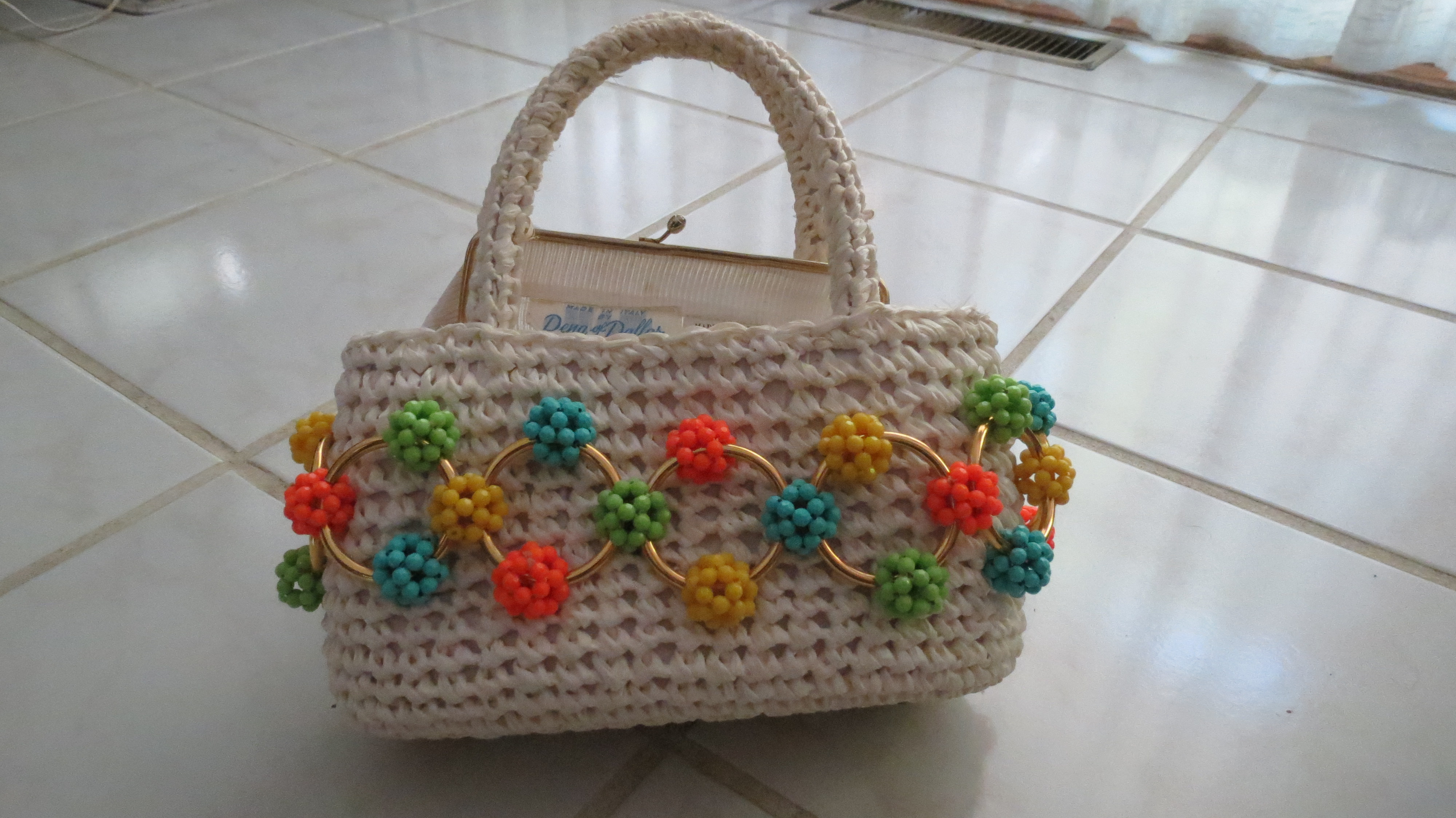 ANOTHER ITALIAN CUTIE - TRUE VINTAGE HANDMADE SUMMER PURSE FROM THE 1960'S