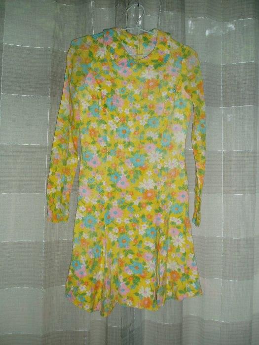 TRUE VINTAGE MOD FLOWER-POWER LATE 1960'S MINI-DRESS