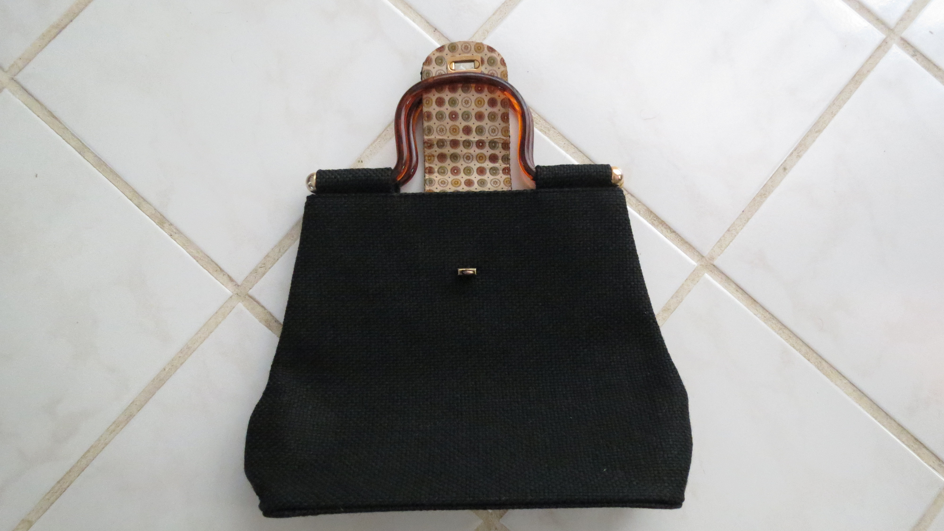 TRUE VINTAGE 1960'S TOTE BAG/HANDBAG - A REAL SIGN OF THE TIMES