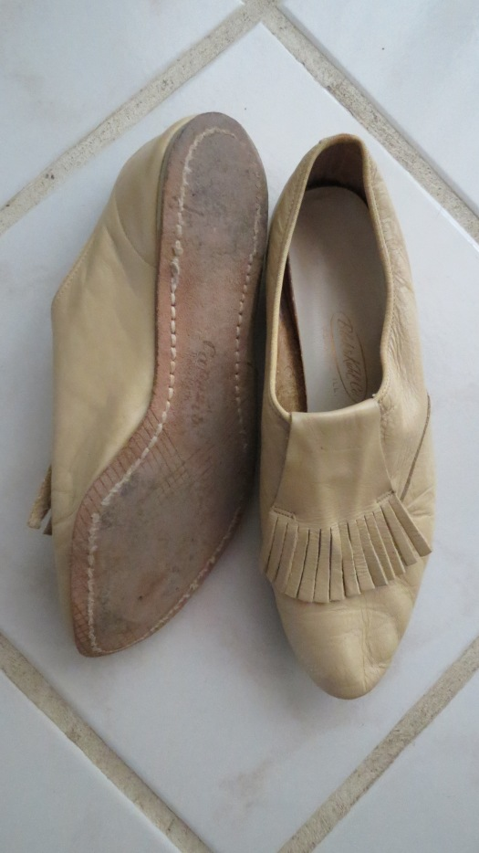 SOME OF MY CUTEST LITTLE TRUE VINTAGE FLATS - AND A VERY RARE FIND!
