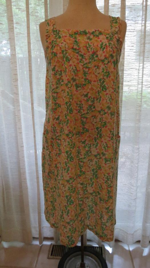 NEW FIND - A LITTLE TRUE VINTAGE 1960'S EVERYDAY SUMMER SHIFT DRESS