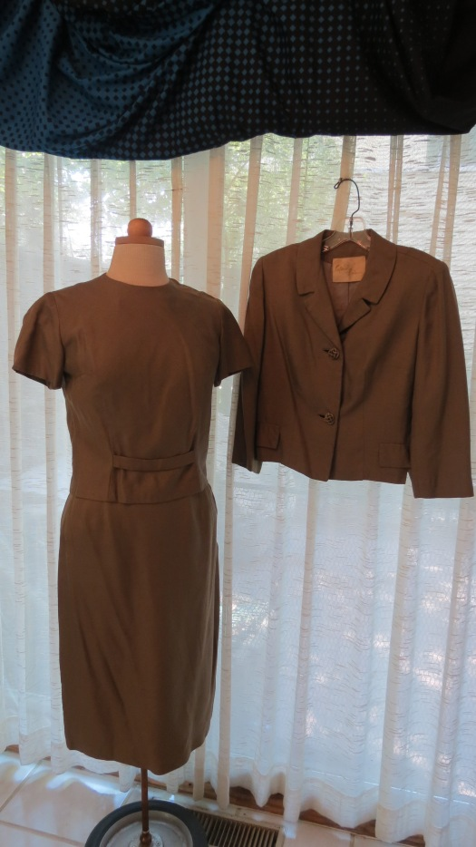 A TRUE VINTAGE 3 - PIECE 1960's WOMEN'S SILK SUIT FROM NEW ORLEANS